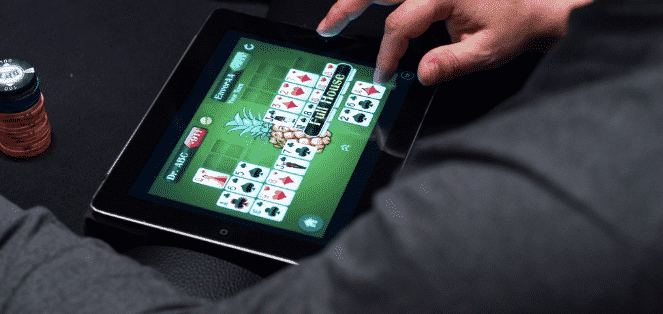 is it legal to play poker online in the us